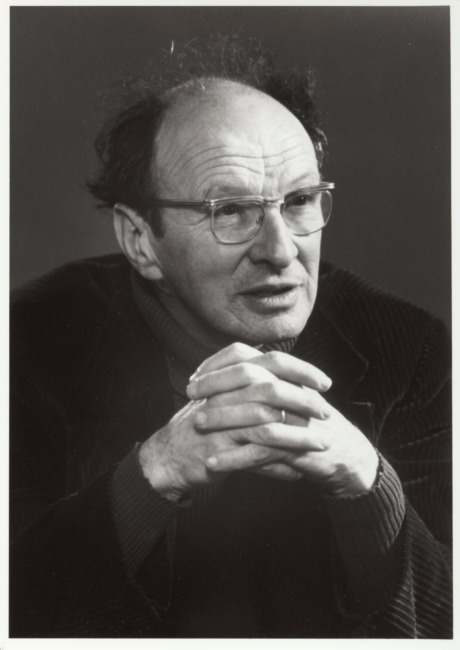 urie bronfenbrenner The ecology of human development should generate more productive research work and more sensible thinking about family policy than we have had in the pastbronfenbrenner is headed in exactly the right direction for directing research and guiding public action.